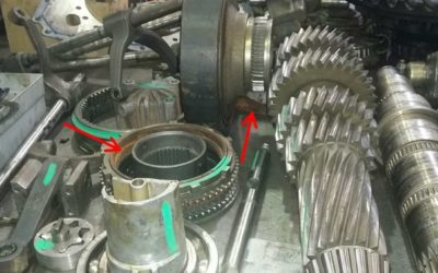 Inspect Gearbox From Heavy Truck